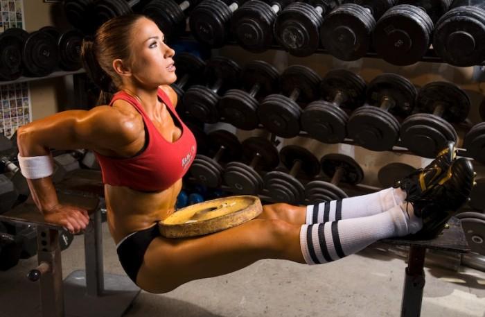 Простые упражнения для увеличения и укрепления груди. Как в домашних услов